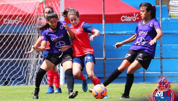 Municipal Femenino cayó 3-1 este domingo 28 de febrero frente al FAS de El Salvador. (Foto Municipal).