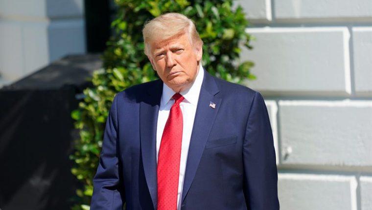 El expresidente de EE. UU., Donald Trump, se enfrenta a su segundo juicio político, acusado de incitar a una insurrección. (Foto Prensa Libre: EFE)
