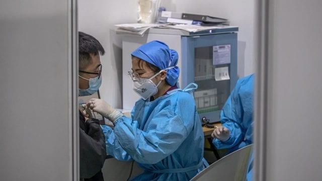 CNN: Expertos descubrieron que el coronavirus ya circulaba en Wuhan en diciembre