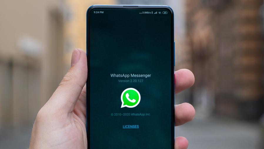 WhatsApp advierte que bloqueará las cuentas de usuarios que utilicen apps modificadas como WhatsApp Plus o GB WhatsApp