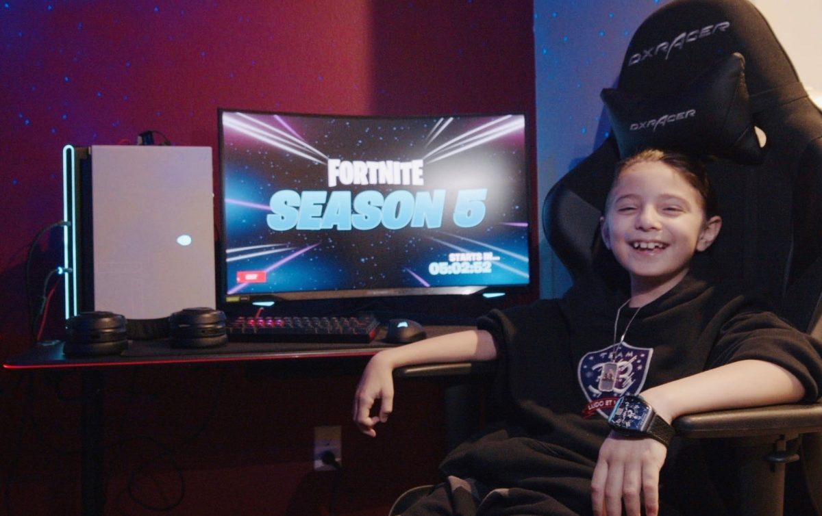 Un niño de ocho años es contratado con más de Q250 mil de sueldo para jugar profesionalmente Fortnite