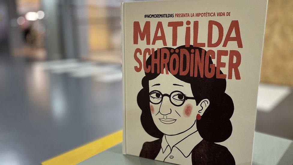 """Qué es el """"efecto Matilda"""" que invisibiliza a las mujeres en la ciencia"""