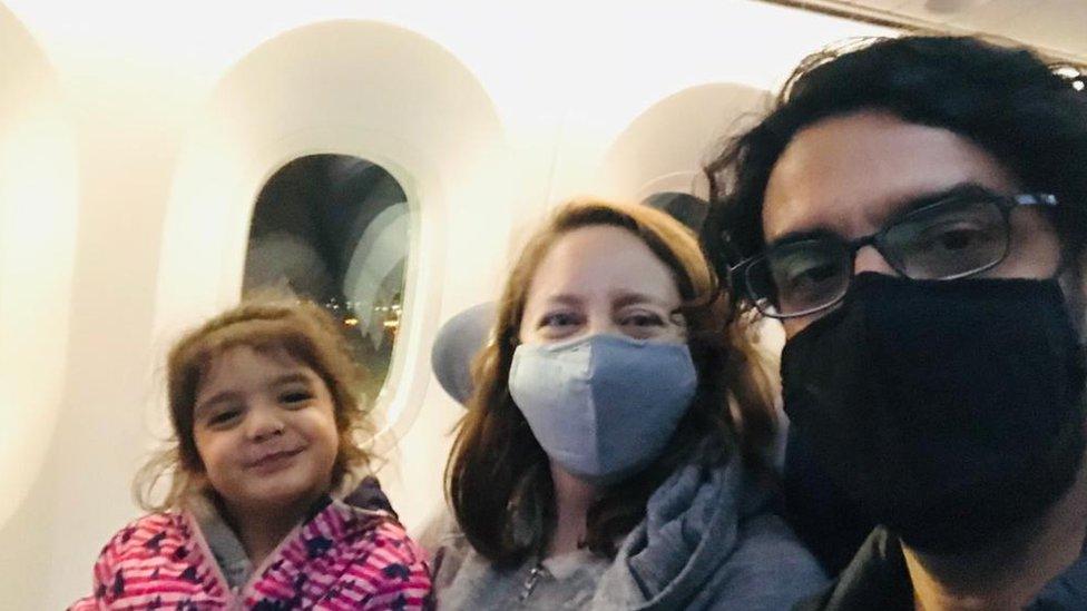 Coronavirus en Reino Unidos: la familia chilena que no puede volver a su casa por las restricciones contra el covid-19
