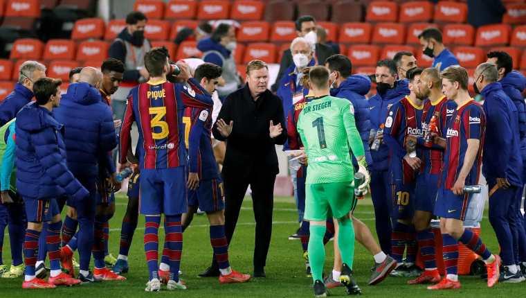 El entrenador del FC Barcelona Ronald Koeman confirmó que tiene la confianza de los directivos para seguir al frente del equipo. (Foto Prensa Libre).