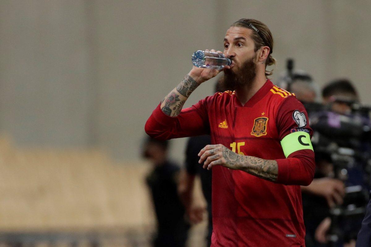 """Sergio Ramos dice que ahora el tema de su futuro """"está aparte"""" y """"no hay novedad"""""""