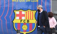 Spanish lawyer Jorge Navarro leaves the offices of the Barcelona Football Club on March 01, 2021 in Barcelona during a police operation inside the building. - Police raided the offices of FC Barcelona on March 01, 2021, carrying out several arrests just six days ahead of the club's presidential elections, a Catalan regional police spokesman told AFP. Spain's Cadena Ser radio said one of those arrested was former club president Josep Maria Bartomeu, who resigned in October, along with CEO Oscar Grau and the club's head of legal services. (Photo by LLUIS GENE / AFP)