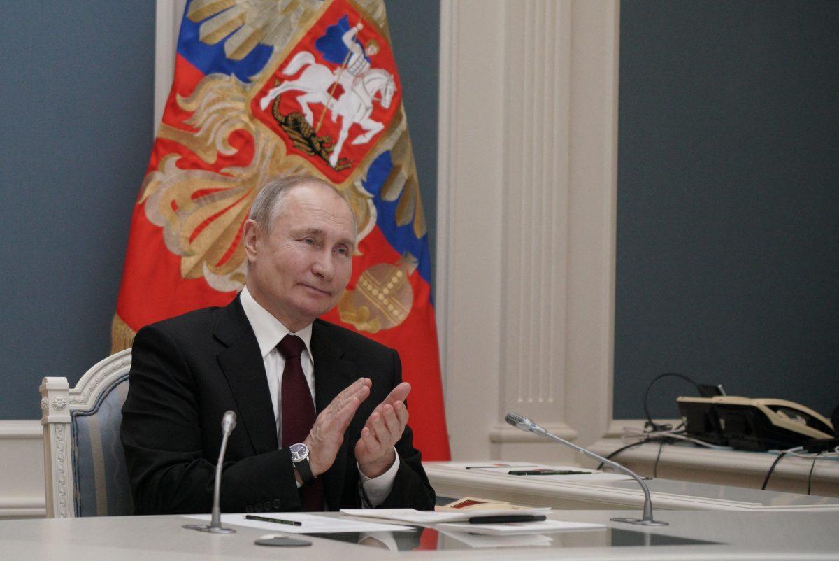 """""""El que lo dice lo es"""", responde Vladimir Putin a Joe Biden, que lo consideró un """"asesino"""""""