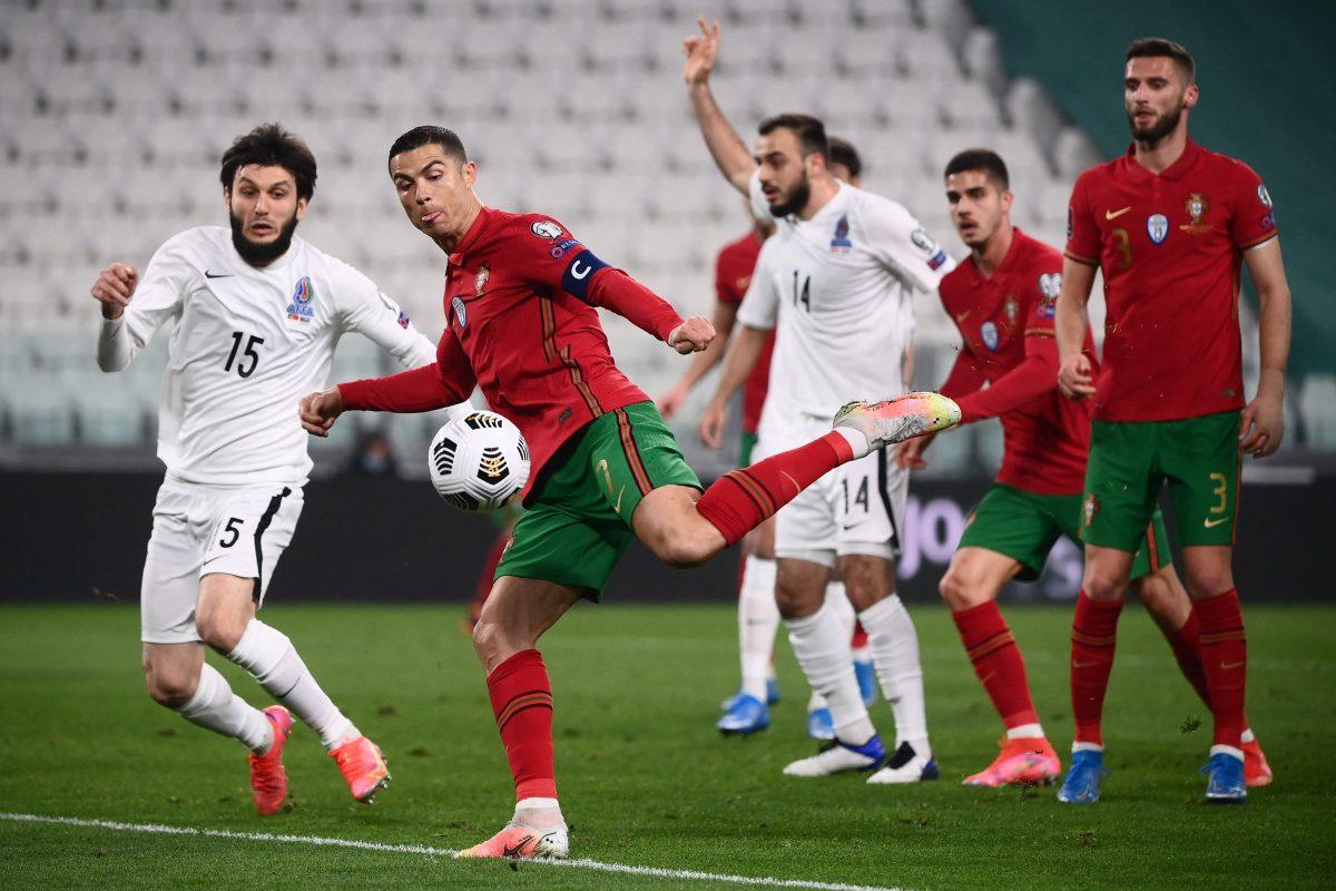 Portugal gana sin jugar a nada y con un autogol