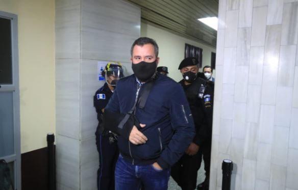 Feci entrega acusación y pide que exministro Alejandro Sinibaldi enfrente juicio por caso Construcción y Corrupción