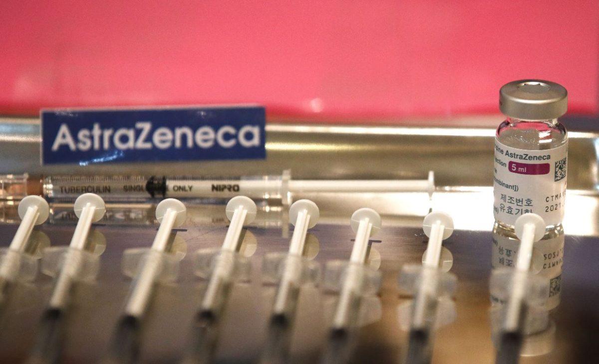 """OPS: """"No hay razones, por el momento, para pensar que hay vínculo entre la vacuna de AstraZeneca y los casos de trombosis"""""""