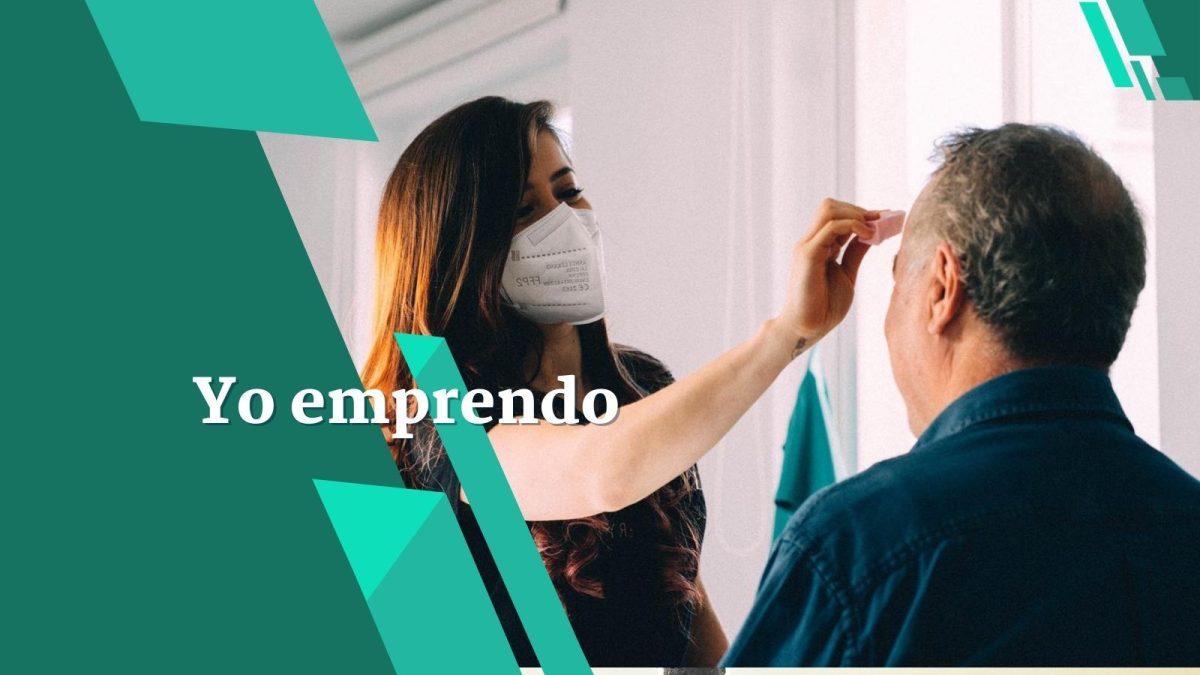 Productora audiovisual guatemalteca creó libro en línea sobre maquillaje y ahora da cursos en España