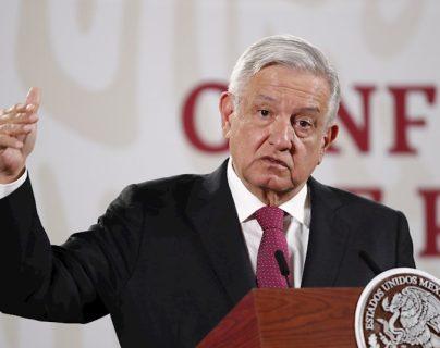 AMLO anuncia que EE. UU. enviará a México 2.7 millones de vacunas para coronavirus