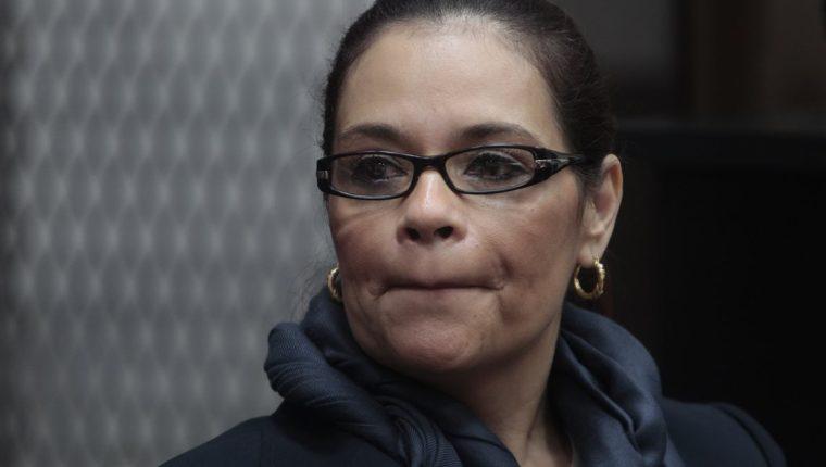 Inacif dictamina que Roxana Baldetti no requiere hospitalización y puede continuar recluida en la cárcel