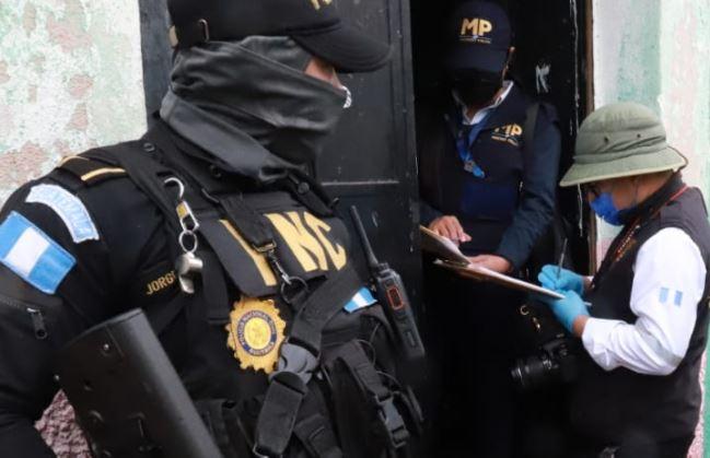 En operativo por delitos transnacionales capturan a señalado de enviar armas por medio de encomiendas a Guatemala