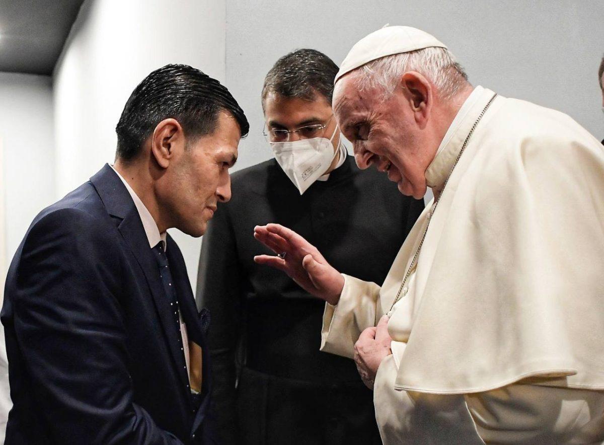 El papa encuentra al padre de Alan Kurdi, el niño sirio ahogado en el Mar Egeo