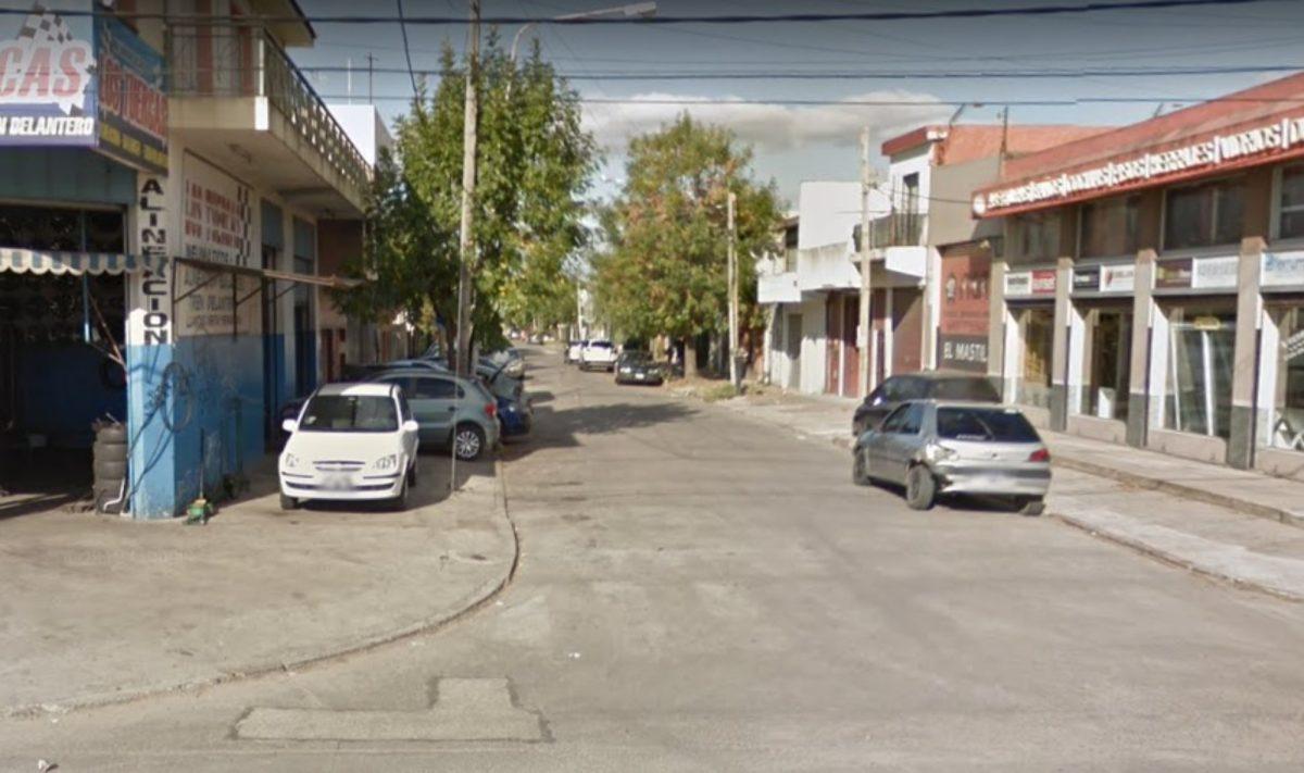 """""""Me robó mis dólares"""": hombre de 87 años mata a puñaladas a su esposa en Argentina"""