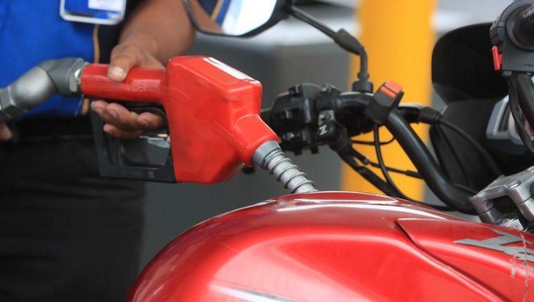 La división de transporte influyó en el comportamiento inflacionario en marzo, según el INE. (Foto Prensa Libre: Hemeroteca)