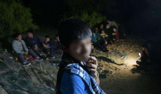 """""""Yo me vine porque no teníamos qué comer"""": El dramático relato de Óscar, un niño guatemalteco que migró ilegalmente a Estados Unidos"""