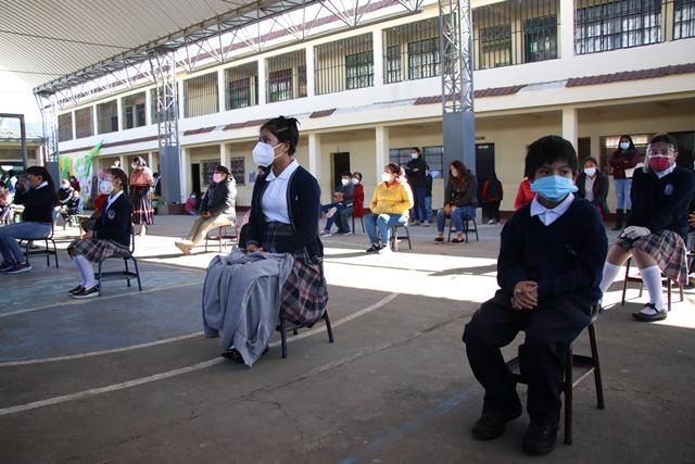 De vuelta a casa: Suspenden clases presenciales en municipios de Quetzaltenango con alerta naranja