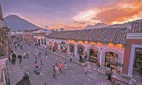 De un 84% fue la caída de facturación del sector turístico registrada a septiembre de 2020, y 17% de las empresas cerraron. (Foto, Prensa Libre: Iván Castro)
