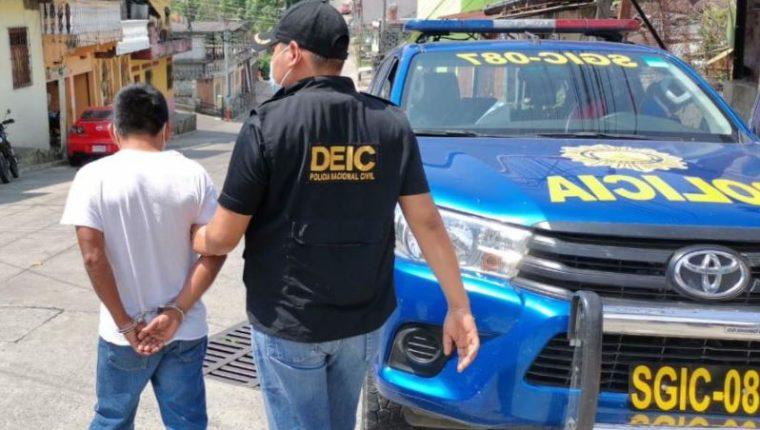 Héctor Claudio Vicente Gómez, de 47 años, acusado de siete delitos de sexuales.  (Foto Prensa Libre: PNC)