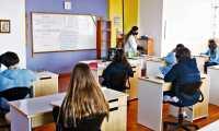 Los establecimientos educativos comenzaron el ciclo escolar 2021 con la modalidad híbrida, pero por nueva disposición las clase presenciales se suspenderían en municipios en anaranjado con tendencia a rojo. (Foto Prensa Libre: Hemeroteca PL)