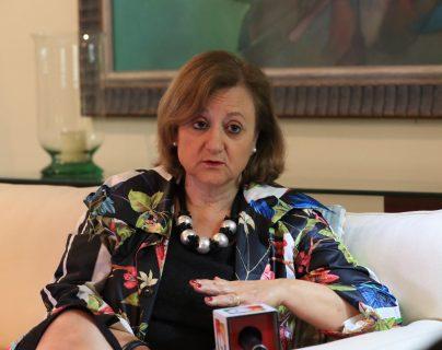 """""""Preocupa las grandes brechas sociales de Guatemala"""": secretaria de Estado de España"""