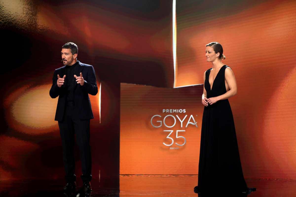 """Premios Goya 2021: """"Las niñas"""" es la mejor película y otros momentos impactantes de la gala"""