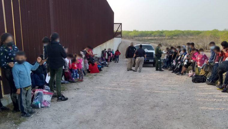 Patrulla Fronteriza ha encontrado a numerosos grupos de migrantes en la frontera sur con México. (Foto: CBP)