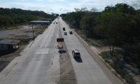 Trabajos inconclusos en el kilometro 58.3 de la ruta al Atl‡ntico, ampliaci—n de dos carriles se encuentra pendiente, lo que causa grandes filas de veh'culos.  foto por Carlos Hern‡ndez  07/09/2019