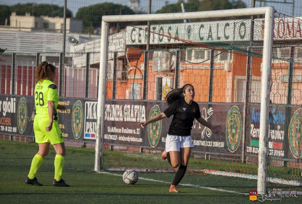 Ana Lucía Martínez logra su tercer doblete y la Roma CF vuelve a festejar