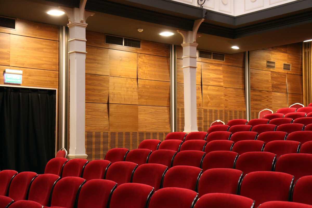 Día Mundial del Teatro: crisis, cierre de espacios y el futuro del teatro en Guatemala
