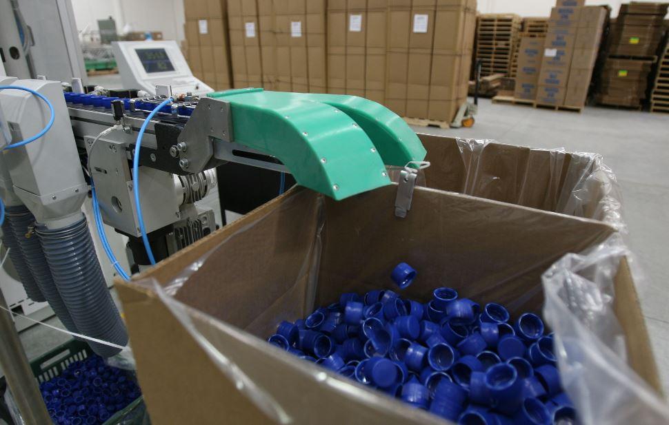 Caos logístico por escasez de contenedores y alza de tarifas afecta a consumidores