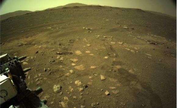 """""""Un tremendo hito para la misión"""": cómo fue el primer """"paseo"""" del robot Perseverance de la Nasa en Marte"""