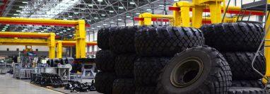 Una empresa india de fabricación de neumáticos y otra de agroquímicos han mostrado interés por instalarse en Guatemala, según la sede diplomática de ese país. Foto con fines ilustrativos. (Foto Prensa Libre: Shutterstock)