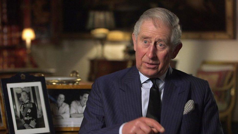 """Príncipe Felipe: los hijos del duque de Edimburgo reflexionan sobre la vida su padre, """"el pilar de la reina Isabel II"""""""