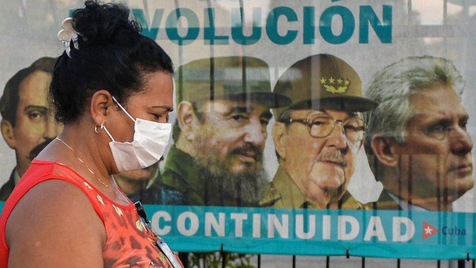 """""""Sale Castro, queda el castrismo"""": 3 reacciones de la disidencia cubana al cambio de mando en el Partido Comunista de la isla"""