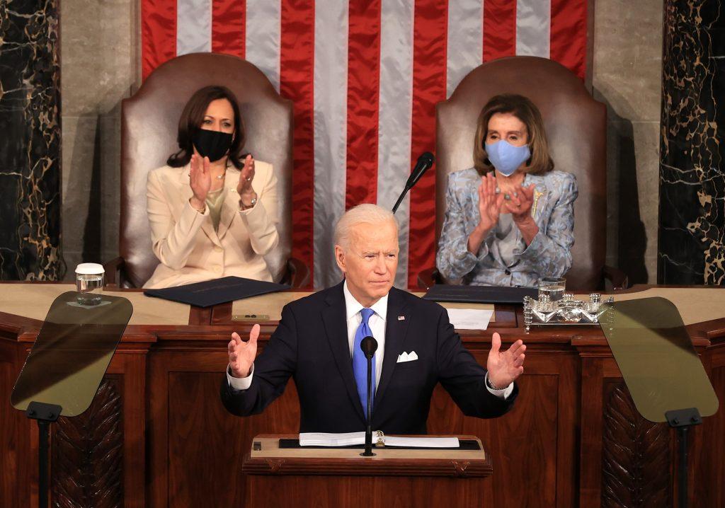 Biden menciona a Guatemala en su informe de 100 días y aboga por apoyar a migrantes