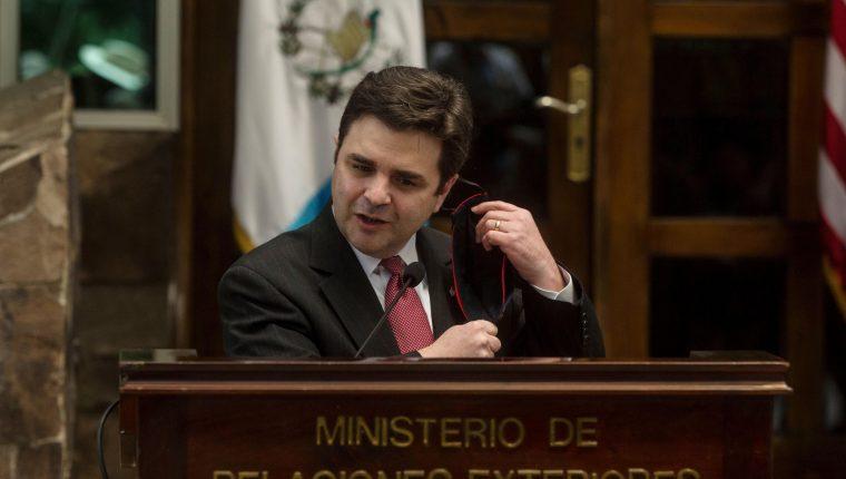Ricardo Zúñiga, enviado especial de EE. UU. para el Triángulo Norte, dijo que el listado de señalados de corrupción estará listo este mes. (Foto Prensa Libre: EFE)