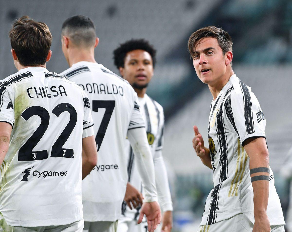 Cristiano Ronaldo y Paulo Dybala hunden al Nápoli y relanzan a la Juventus por su cupo en Champions