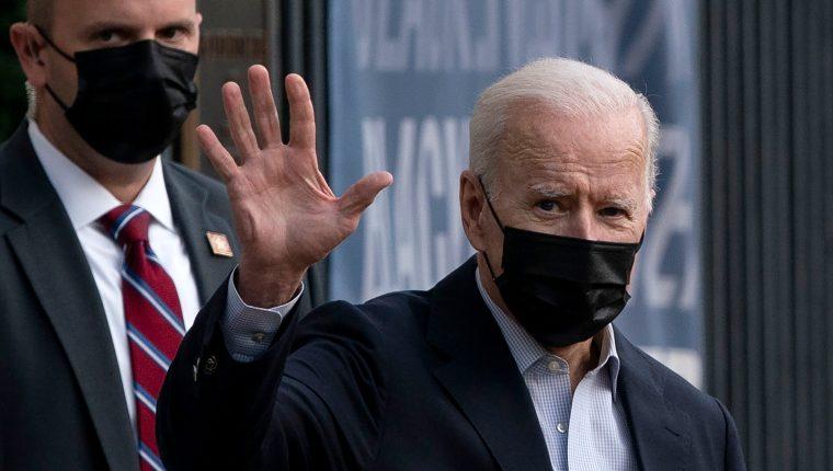 Joe Biden pretende aplicar impuesto mínimo del 15% sobre los ingresos contables, los que reportan a los inversores, a diferencia de los ingresos que se reportan a la Hacienda estadounidense. (Foto Prensa Libre: EFE)