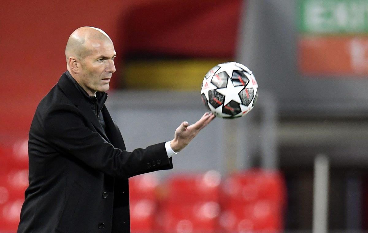 Superliga europea: El técnico del Real Madrid Zinedine Zidane asegura que tienen derecho a jugar la Champions