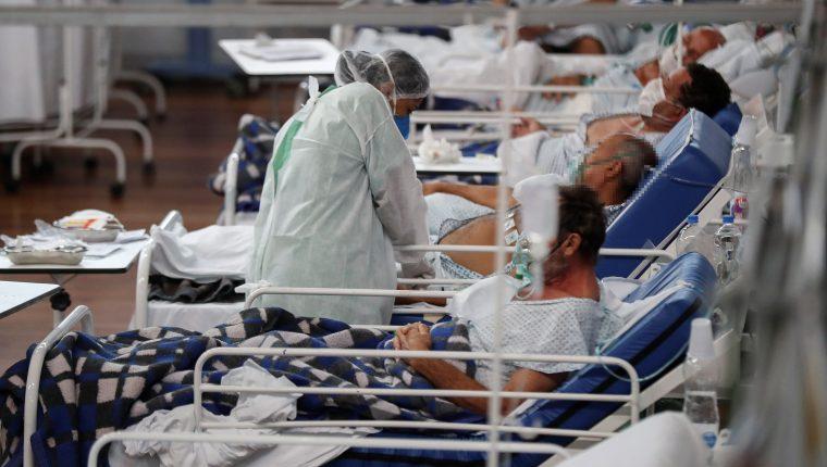 Brasil es uno de los países de la región más impactados por la pandemia de coronavirus. (Foto Prensa Libre: EFE)