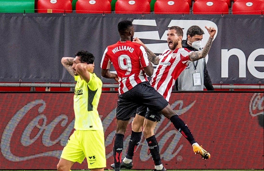 Un gol Iñigo Martínez derrota al líder Atlético y pone LaLiga al rojo vivo