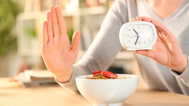 Comer menos unos días para vivir más años