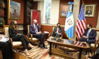 El enviado especial de EE. UU. se reúne con autoridades guatemaltecas. (Foto Prensa Libre: Minex)