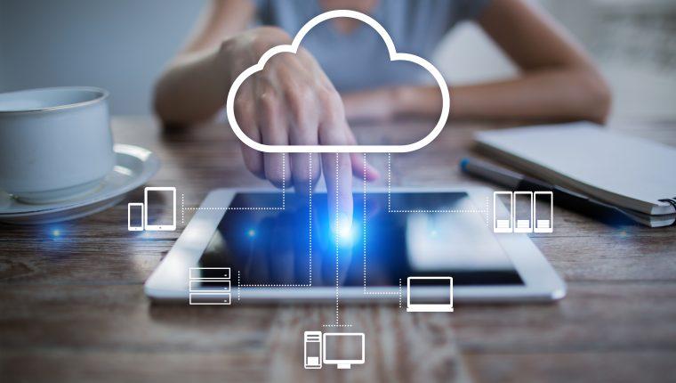 La información en los sistemas de nube se encuentran almacenadas en equipos distribuidos alrededor del mundo.  (Foto Prensa Libre: Shutterstock).