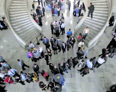 """El """"bono de pescado"""" y otras prestaciones de Semana Santa en el sector público"""