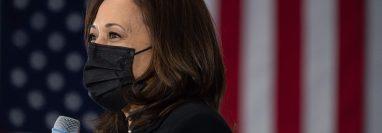 La vicepresidenta de Estados Unidos, Kamala Harris, sostendrá una reunión virtual con el presidente guatemalteco Alejandro Giammattei. (Foto Prensa Libre: AFP)