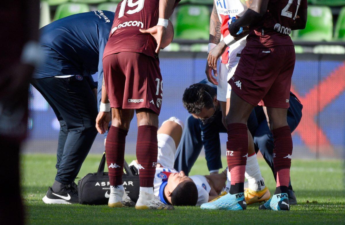Pochettino: Mbappé sufrió un golpe y estará listo para el miércoles